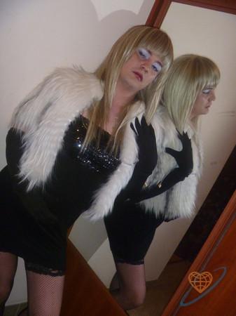 Знакомства с трансвеститами в питере, порно с юля тихомирова
