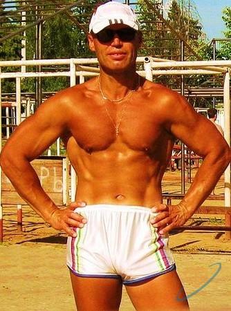 знакомство мускулистое телосложение