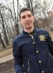 Знакомства в г. Москва: Роман, 27 - ищет Девушку от 18  до 30